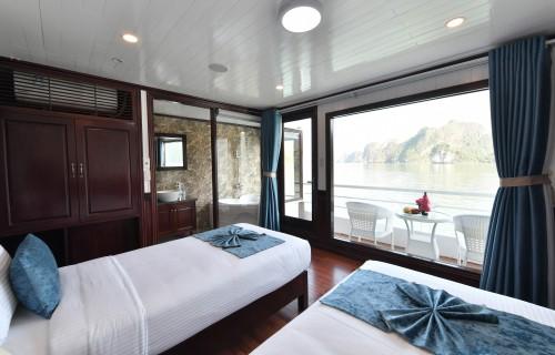 Sapphire Cruises 3 Days 2 Nights