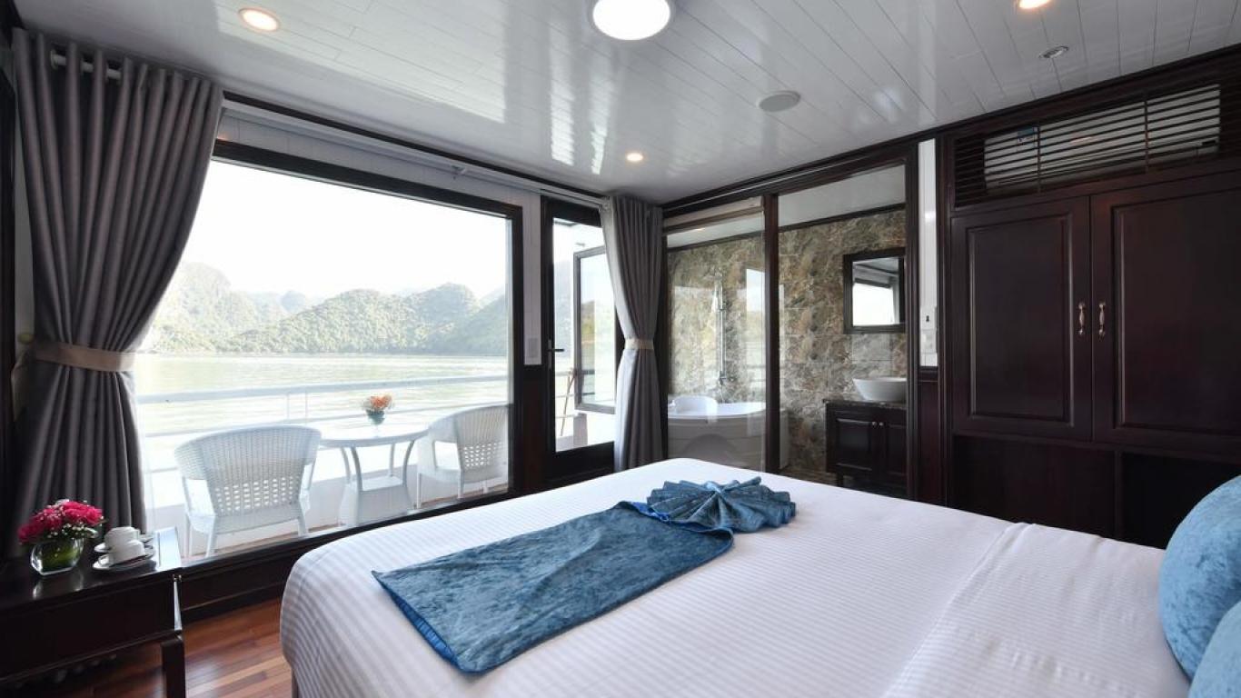 Sapphire Doubel cabin
