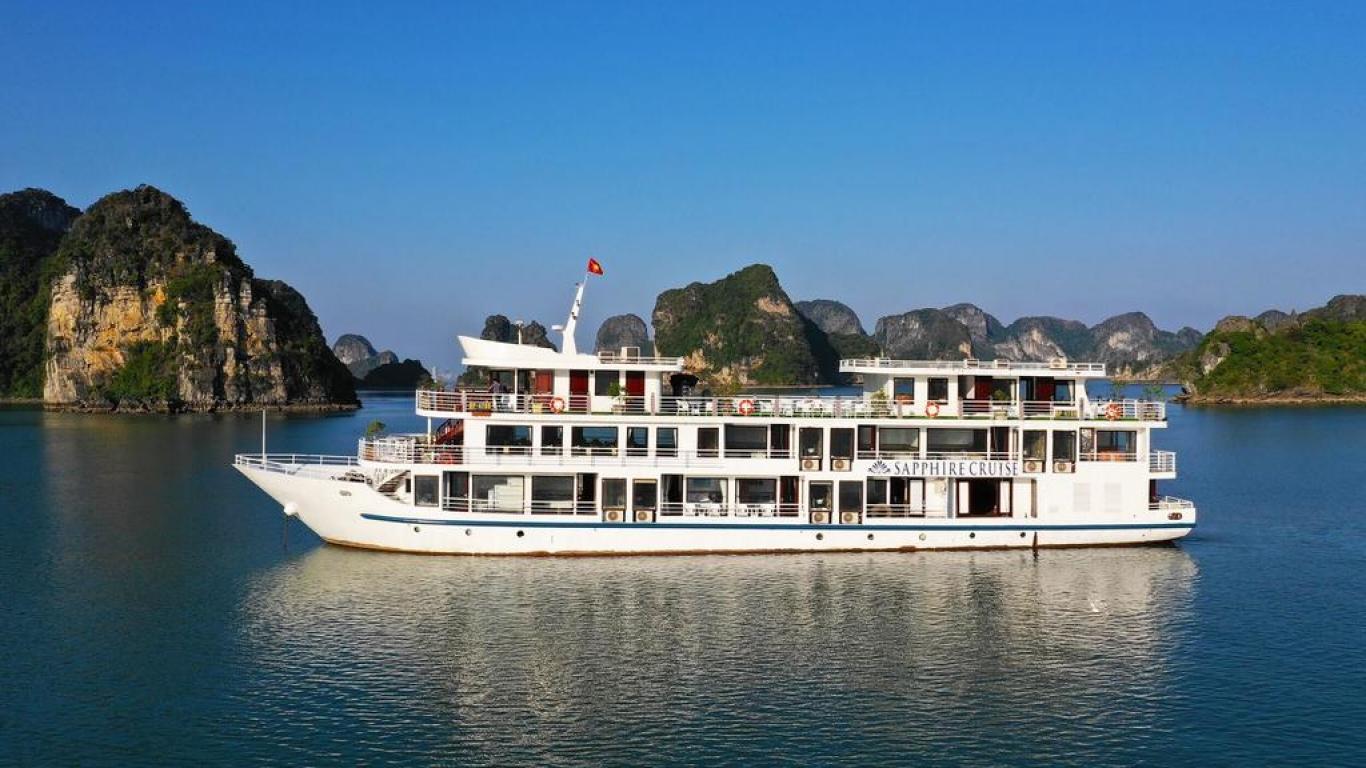 Sapphire cruise